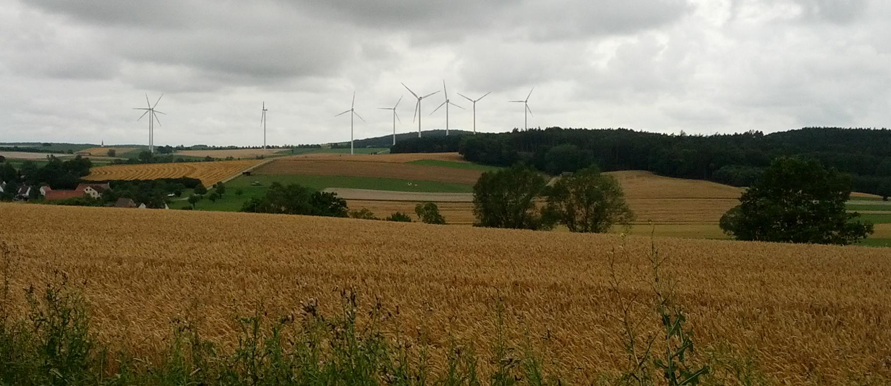 Der Windpark Stetten/Obermögersheim in der Nähe von Gunzenhausen